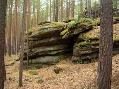 Аятские каменные палатки